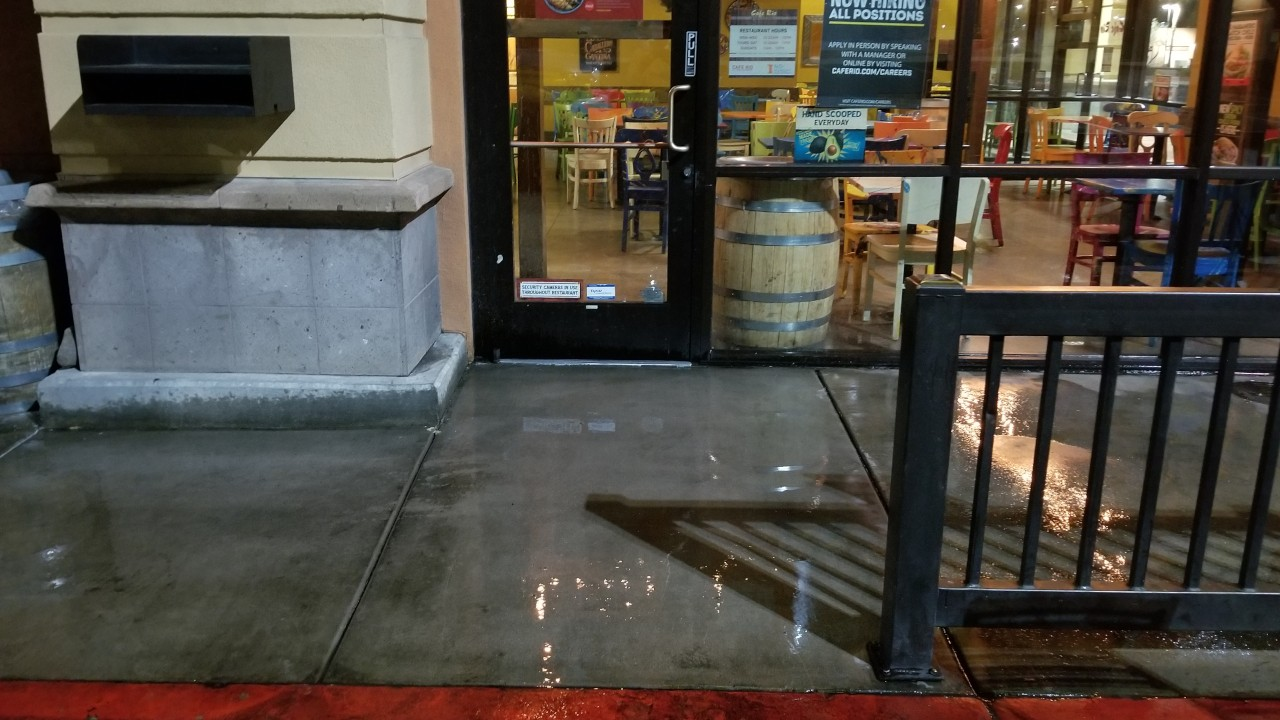 pressure-washing-cafe-rio-storefront-and-siding--cleaning-31