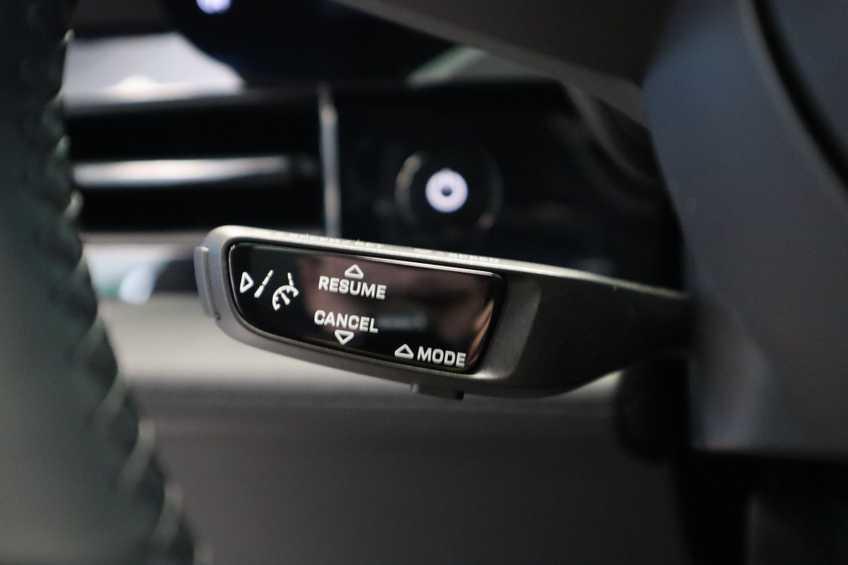 Porsche Taycan 4S Performance 571pk!   Prijs ex.btw 102.950,-   Full-Led Sport-Chrono Panoramadak Warmtepomp *tot 24 maanden garantie (*vraag naar de voorwaarden) afbeelding 24