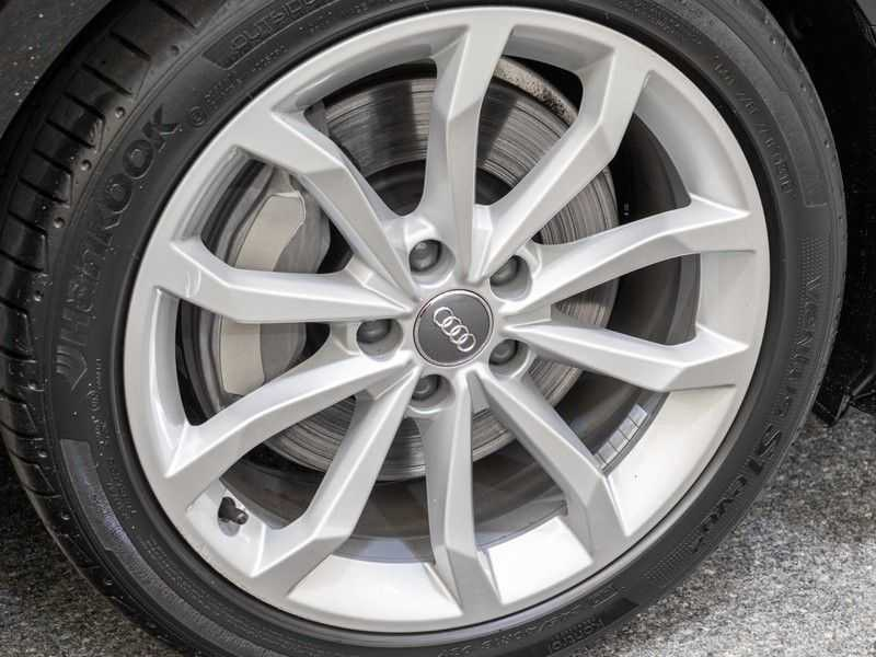 Audi A4 Avant 45 TFSI quattro S edition | 2x S-Line | Panoramadak | B&O Premium Audio | Head-Up Display | Trekhaak | Optiek Zwart | afbeelding 4