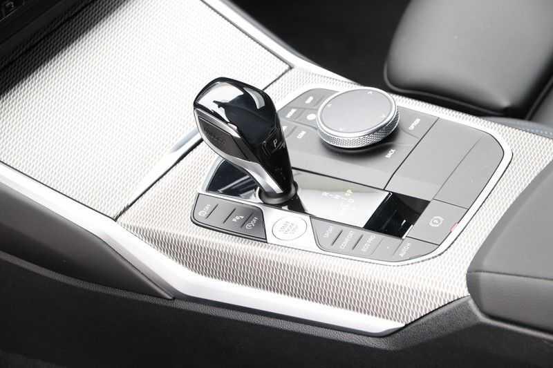 BMW 3 Serie Touring 320i Executive M Sport Aut. afbeelding 21