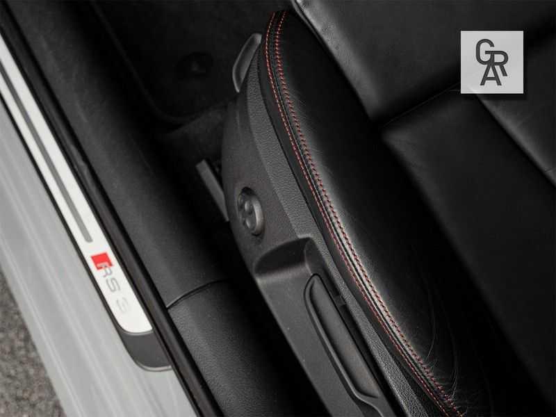Audi RS3 Sportback 2.5 TFSI RS 3 quattro Pro Line Plus afbeelding 16