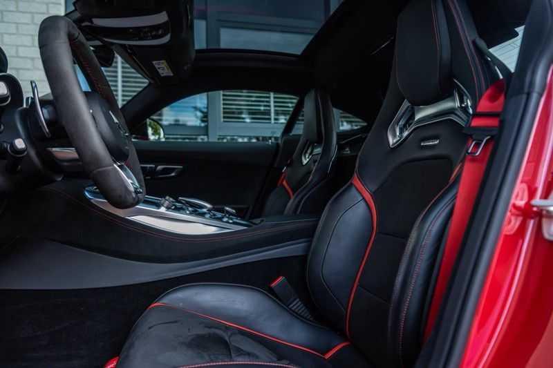 Mercedes-Benz AMG GT 4.0 S, 510 PK, Sportuitlaat, AMG Dynamic Plus, Keramiek, Schaalstoelen, DAB, Carbon, Pano/Dak, UNIEK!! afbeelding 14