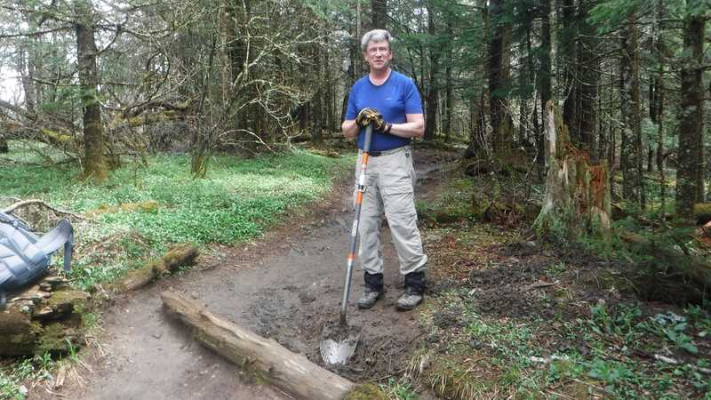Trail maintainer Don Dunning