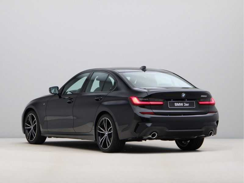 BMW 3 Serie 320i High Exe M-Sport Aut. afbeelding 11