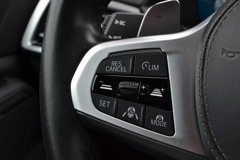 BMW X5 xDrive30d 265pk M-Sport Pano Luchtv Trekh DA+ PA+ Standk afbeelding 19