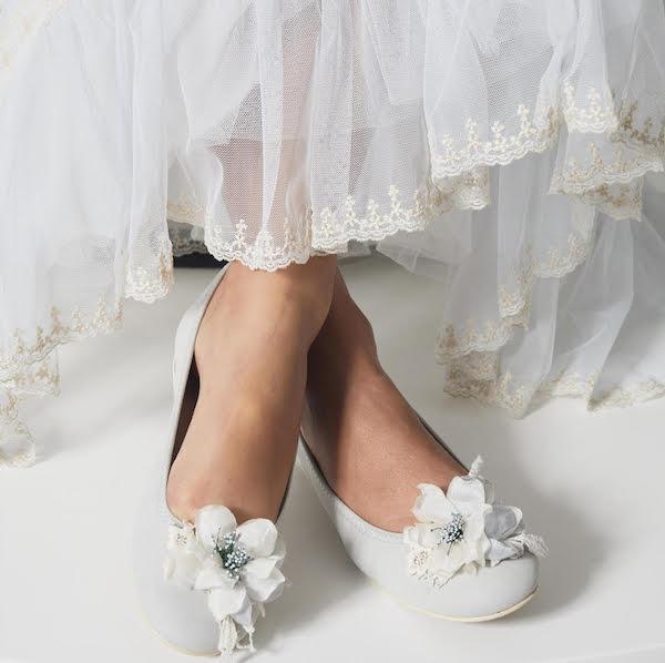 zapatos bailarinas comunión con flor