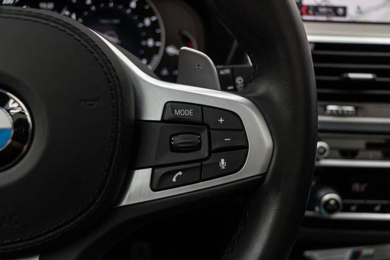 "BMW X3 M40i xDrive 360pk Panoramadak VirtualCockpit ShadowLine Sportleder Hifi AmbientLight 20"" Camera ParkAssist Pdc afbeelding 21"