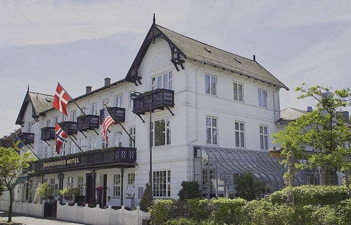 klassisk dansk badehotel i charlottenlund