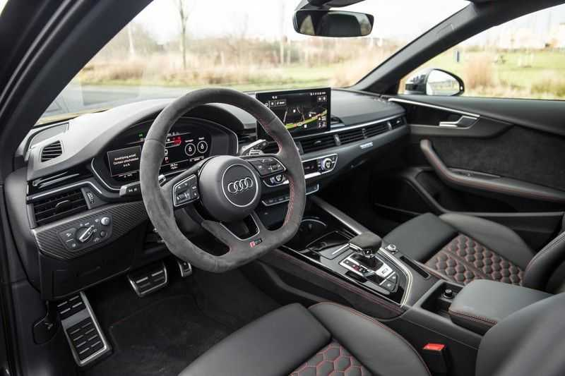 Audi A4 Avant 2.9 TFSI RS 4 quattro afbeelding 13