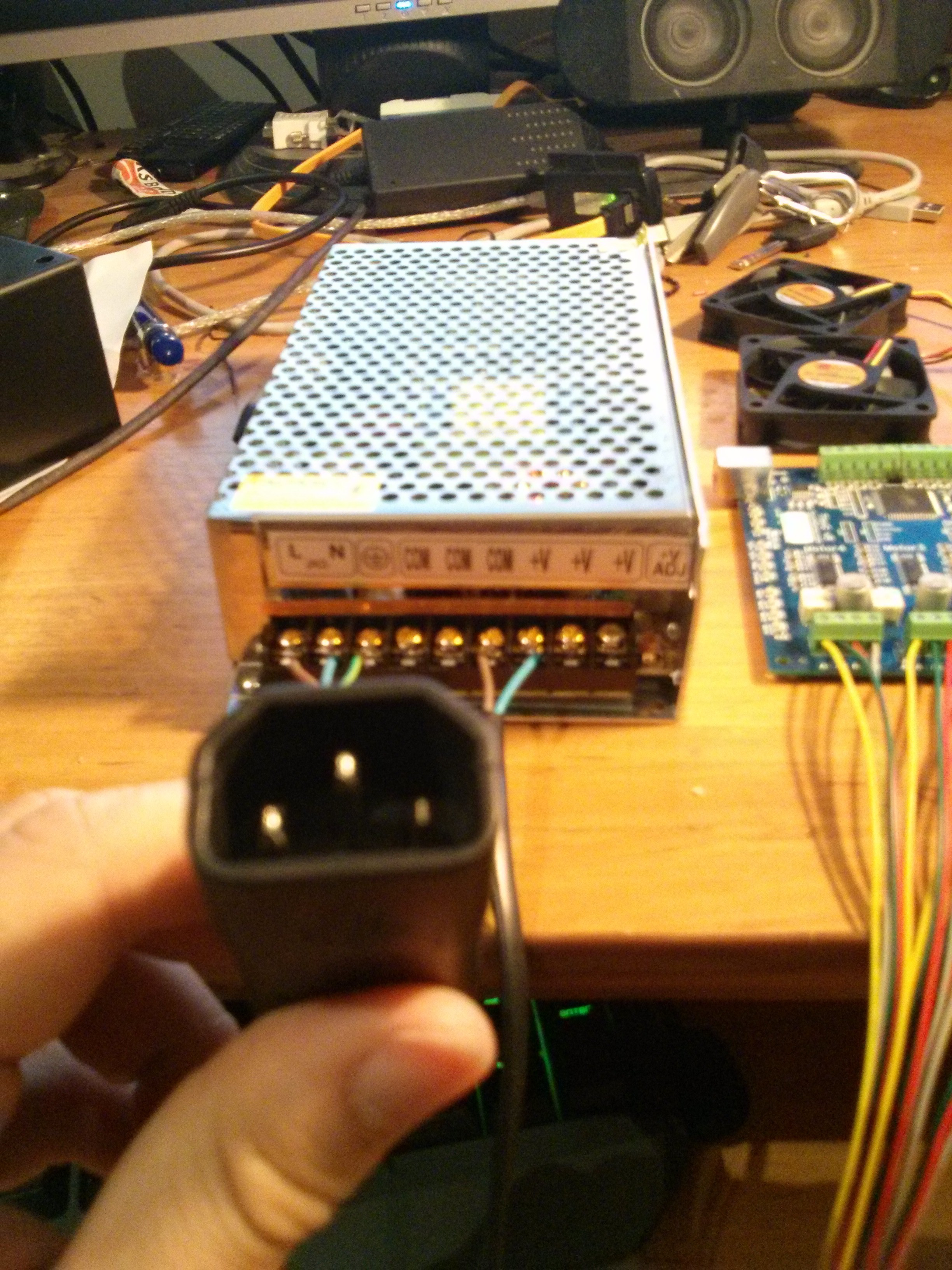 12V Power supply with IEC connector