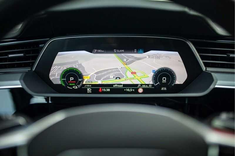 "Audi e-tron 55 Quattro *4% Bijtelling / Hulppakket Stad & Tour / 22"" / Topview* afbeelding 6"