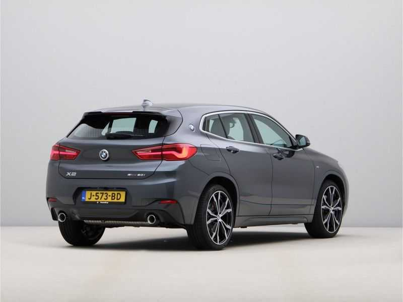 BMW X2 sDrive20i High Exe Aut. afbeelding 3