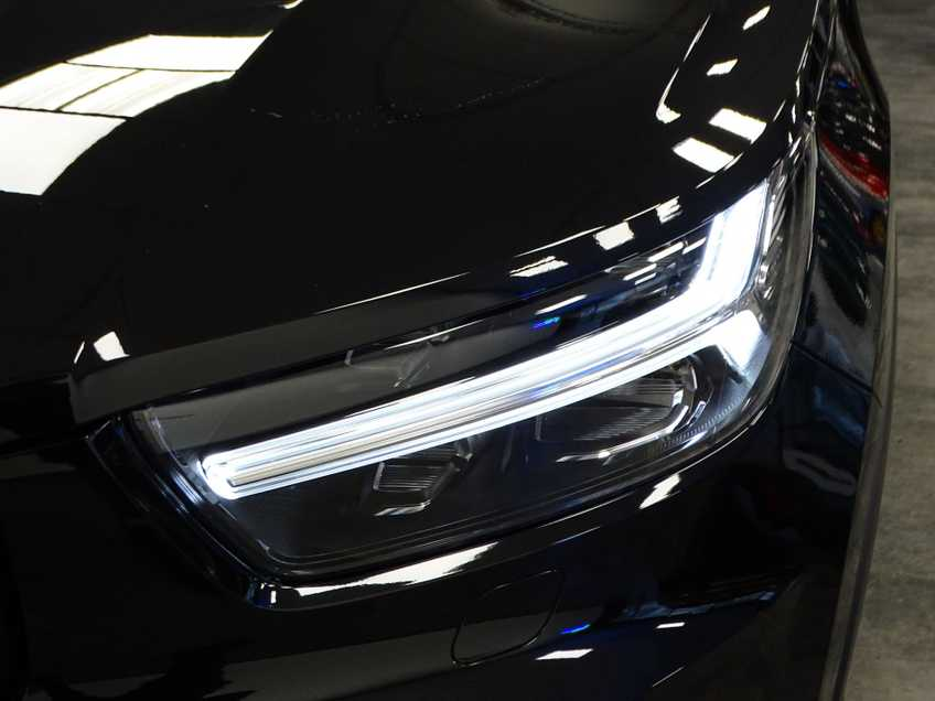 """Volvo XC40 Recharge P8 AWD R-Design EX BTW 20""""LM Panorama Leder 8% Bijtelling meerdere op voorraad! afbeelding 11"""