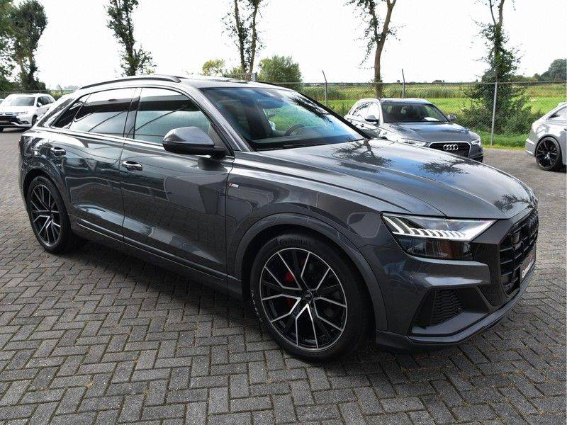 Audi Q8 50TDI 286pk Quattro S-Line Black Optic Lucht RS-Zetels B&O Pano Leder-Dash 22-Inch Soft-Close! afbeelding 5