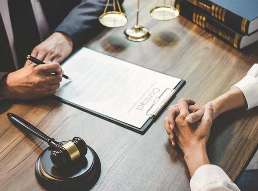 Accruent - Resources - Blog Entries - How Law Firms Achieve Flawless Meetings - Hero