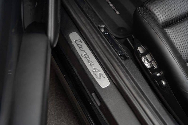 Porsche 911 3.0 Targa 4S Bose Stoelventilatie Sportuitlaat Sportchrono afbeelding 21