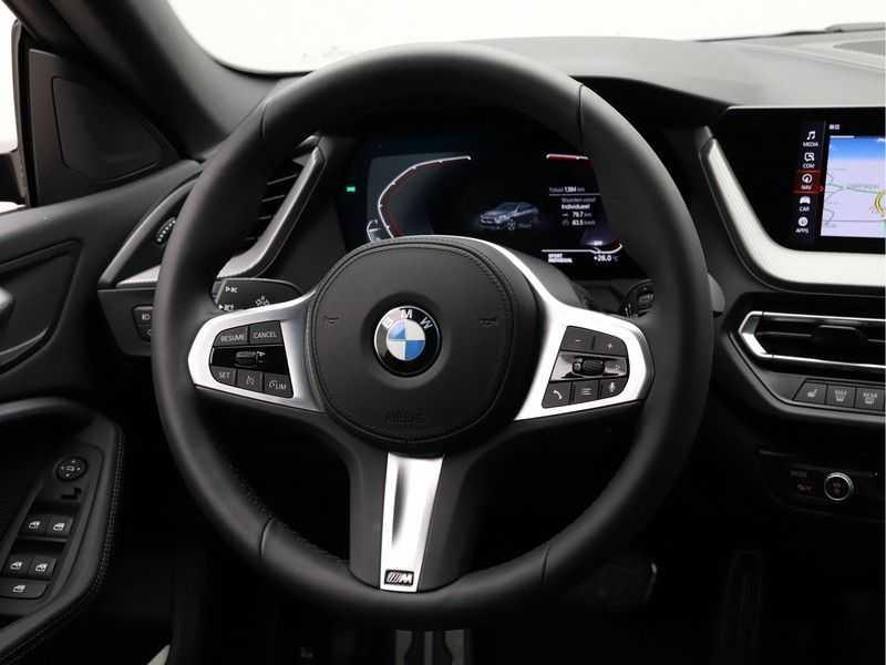 BMW 2 Serie Gran Coupé 218i High Executive M Sport 19 inch afbeelding 9