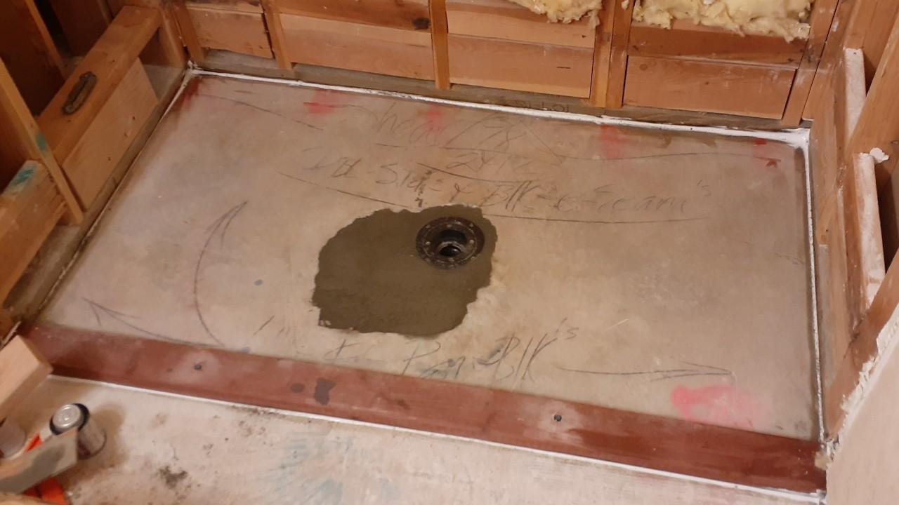 plumbing-custom-shower-liner--lining-01