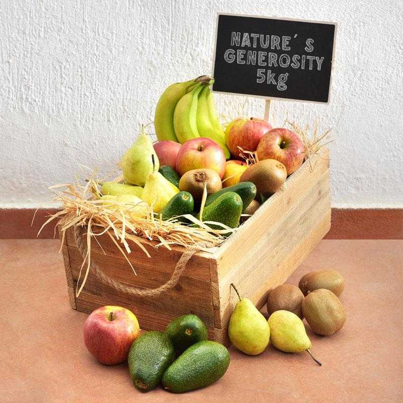 fruit-box-with-5-varieties-of-fresh-greek-fruits