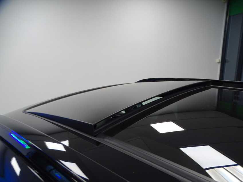 """Volvo XC40 Recharge P8 AWD R-Design EX BTW 20""""LM Panorama Leder 8% Bijtelling meerdere op voorraad! afbeelding 3"""