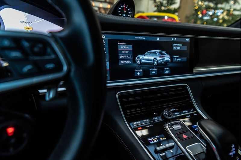 Porsche Panamera Sport Turismo 4.0 GTS   Innodrive   Panorama   Burmester   Head Up Display   NP 229.000 afbeelding 8