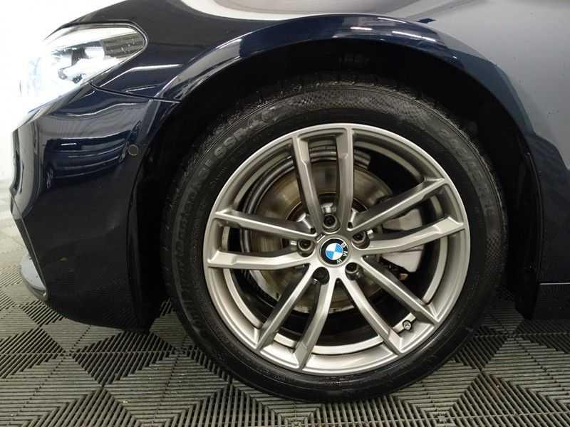 BMW 5 Serie Touring 520i High Exe 210pk M- Perfomance Powerkit- Pano, Leer, Full afbeelding 3
