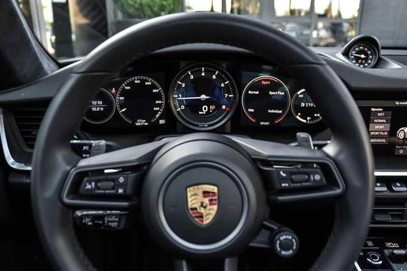 Porsche 911 4S SPORTDESIGN+LIFTSYST.+GLAS DAK+4WSTURING NP.219K afbeelding 9