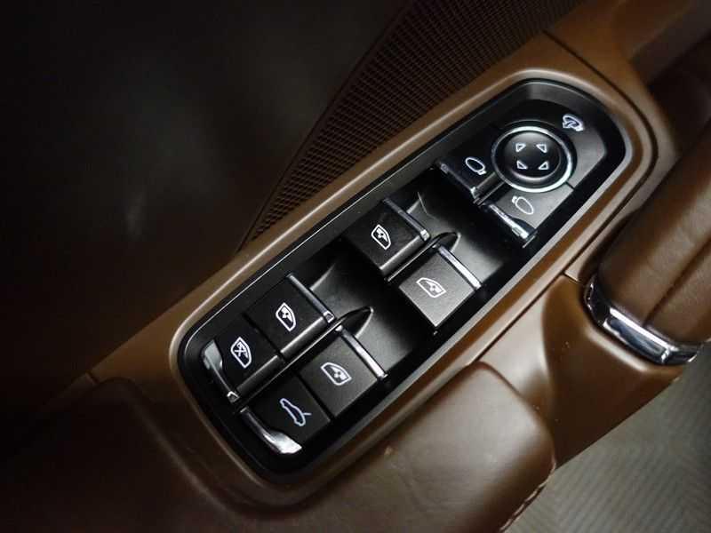 Porsche Cayenne 3.0 S E-Hybrid Sport Plus 334pk Aut- Panodak, Bose, Leer, Camera, Full! afbeelding 21