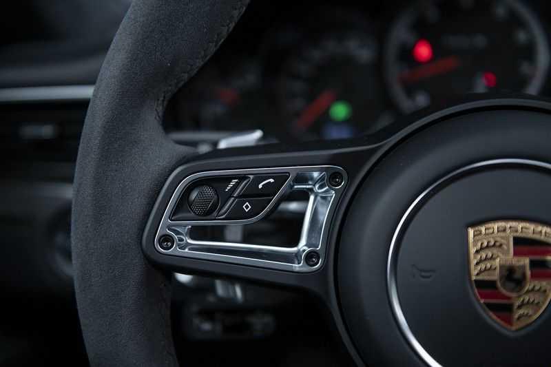 Porsche 911 Turbo S 991.2 3.8 Carbon seats + Keramisch + 4-wiel best. + NP € 331.000,- + Dak + Carbon + Bose + Carplay + ACC afbeelding 20