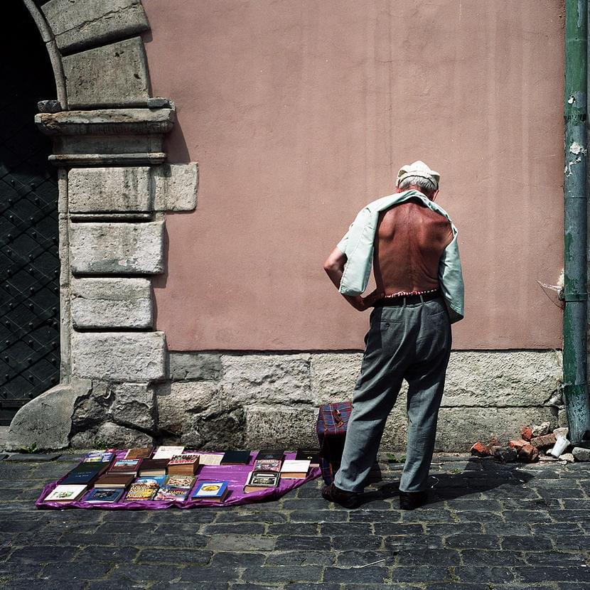 Книготорговец. Фото: Артём Зайцев