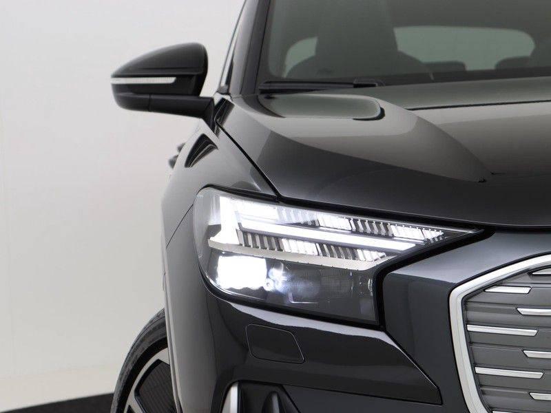 Audi Q4 40 e-tron Launch edition S Competition | Panoramadak | Lederen bekleding | Sonos | Head-up display afbeelding 14
