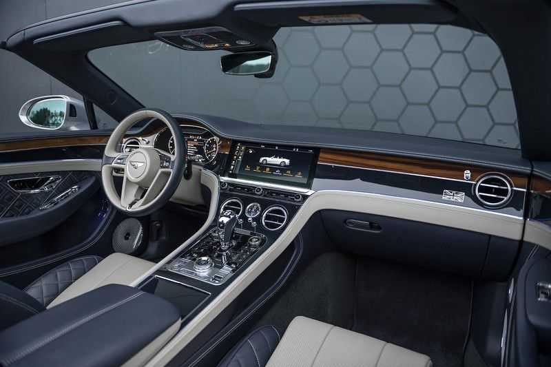 Bentley Continental GTC 6.0 W12 First Edition + Full Carbon Exterior Pack + Black Line Specification +  Naim Audio + Mulliner + Centenary Edition afbeelding 4