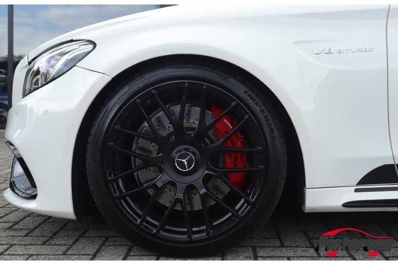 Mercedes-Benz C-Klasse C 63 S AMG Coupé Edition 1 Pano Schalensitze afbeelding 7