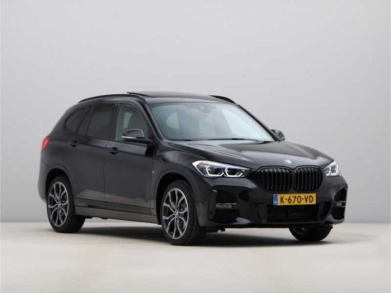 BMW X1 sDrive20i High Exe M-Sport Aut. afbeelding 6