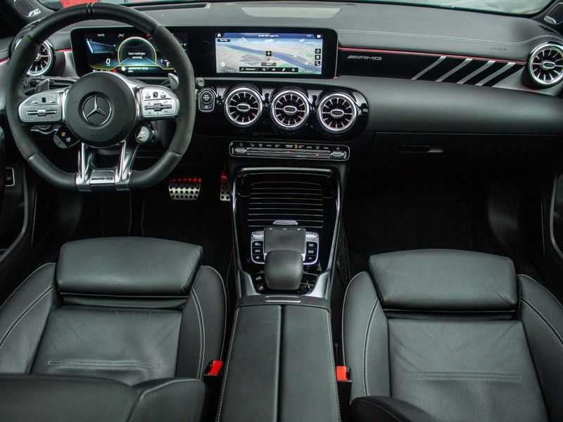 Mercedes-Benz A-Klasse A35 AMG 4MATIC Premium Plus afbeelding 9