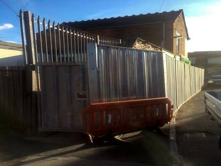 Convenience Store Temporary Steel Hoarding – Rugby