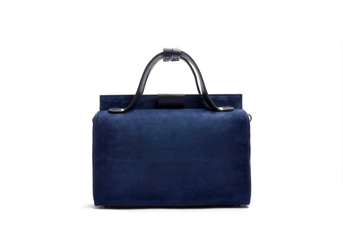 Estelle blue