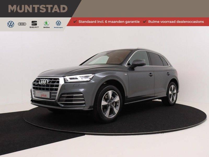 Audi Q5 50 TFSI e 299 pk quattro S edition | S-Line | Trekhaak | Elektrisch verstelbare/verwarmbare voorstoelen | Privacy Glass | Verlengde fabrieksgarantie afbeelding 1