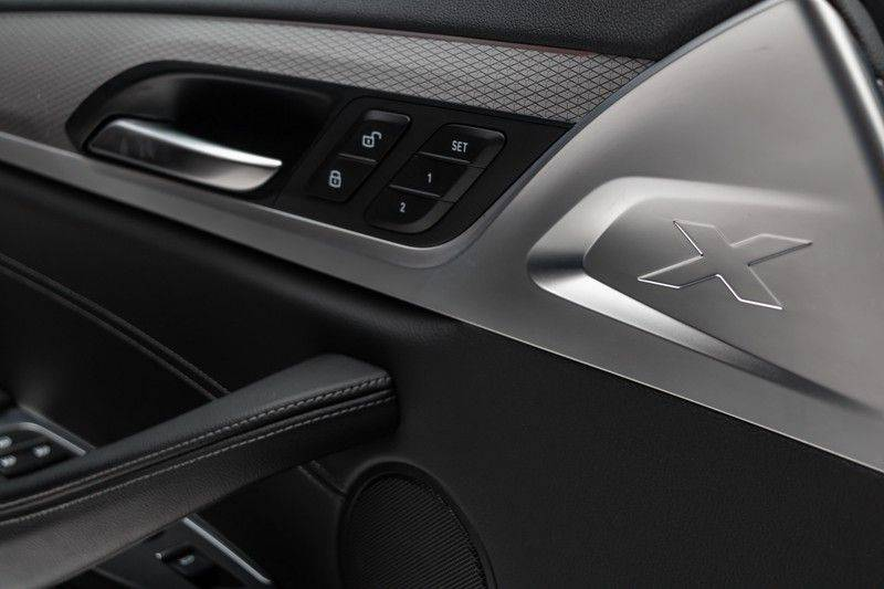"BMW X3 M40i xDrive 360pk Panoramadak VirtualCockpit ShadowLine Sportleder Hifi AmbientLight 20"" Camera ParkAssist Pdc afbeelding 15"