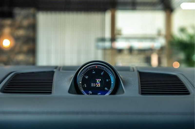 Porsche Cayenne E-Hybrid | Sport-Chrono | Panorama | BOSE | PASM | Adaptieve Sportstoelen afbeelding 16