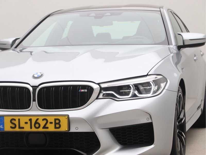 BMW M5 Individual Pure Metal Silver Nw Prijs €. 205.148.- afbeelding 24