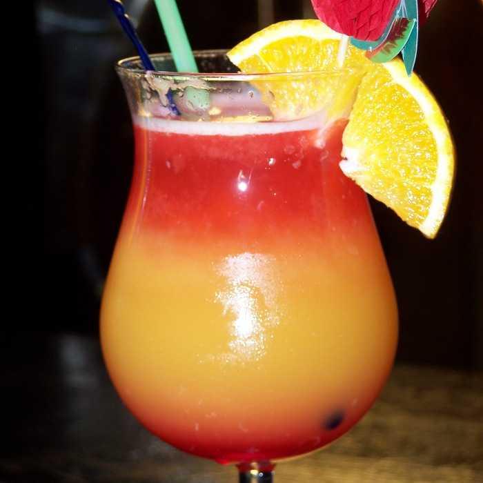 Aloha Fruit punch Cocktail
