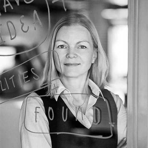 Jarmila Plachá/Managing Partner