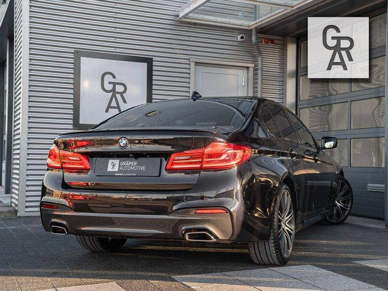 BMW 5 Serie 540i xDrive High Executive afbeelding 5
