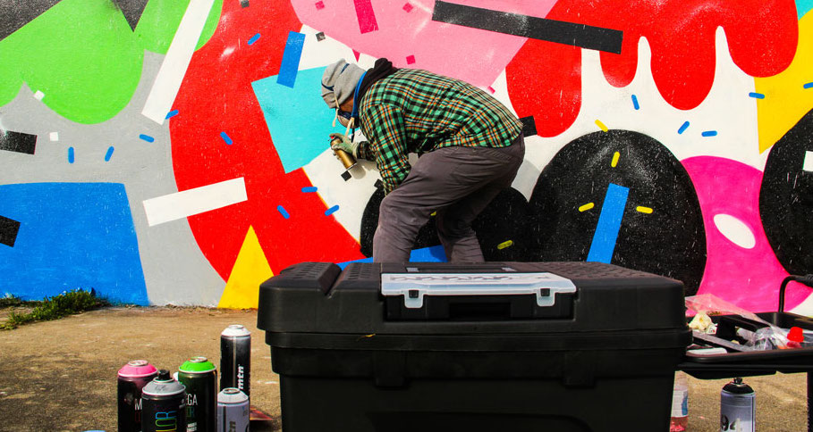 brad-waters-painting-a-mural