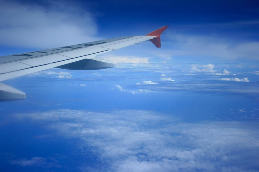 sky-from-plane-window