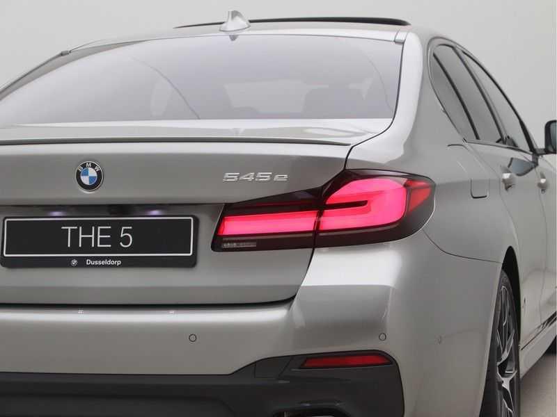 BMW 5 Serie Sedan 545e xDrive High Executive Edition afbeelding 20