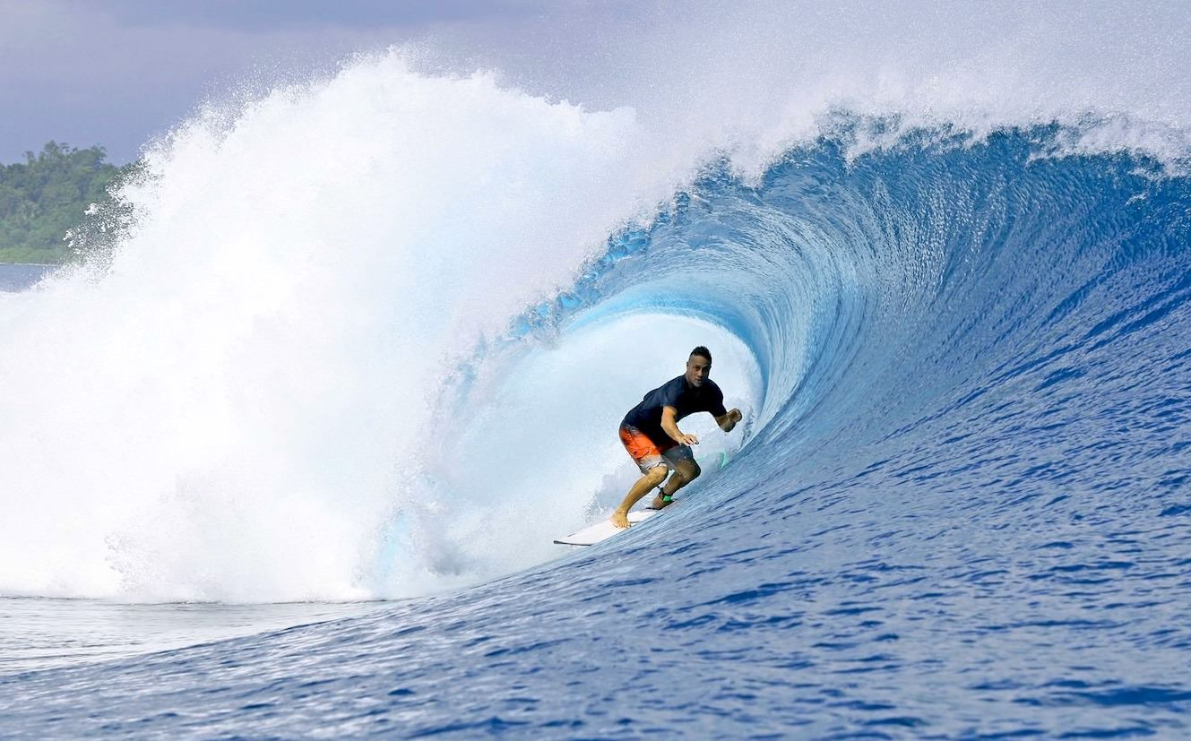 Sibon Baru Surf Charter Catamaran Mentawai Telos Banyaks waves