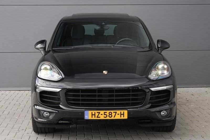 "Porsche Cayenne 3.0 D Facelift Sport Design Sportchrono + stoelen Pano 21"" afbeelding 17"