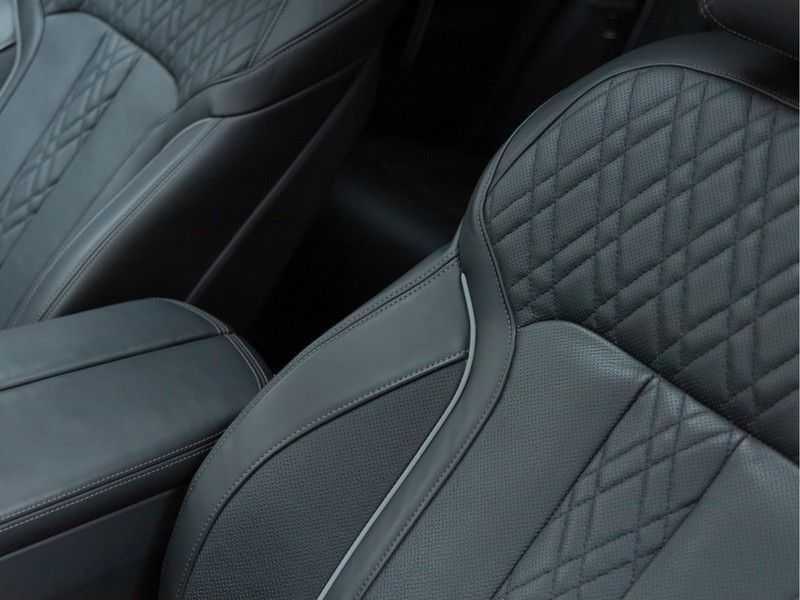 BMW 7 Serie M760Li xDrive - Bowers & Wilkins Audio - Night Vision - Entertainment Professional afbeelding 19